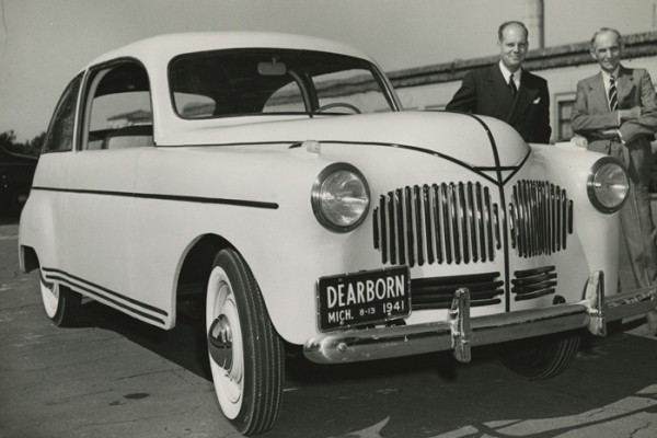 Ford soybean car with Henry Ford right