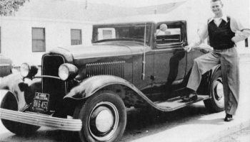 1932 Ford Sport Coupe
