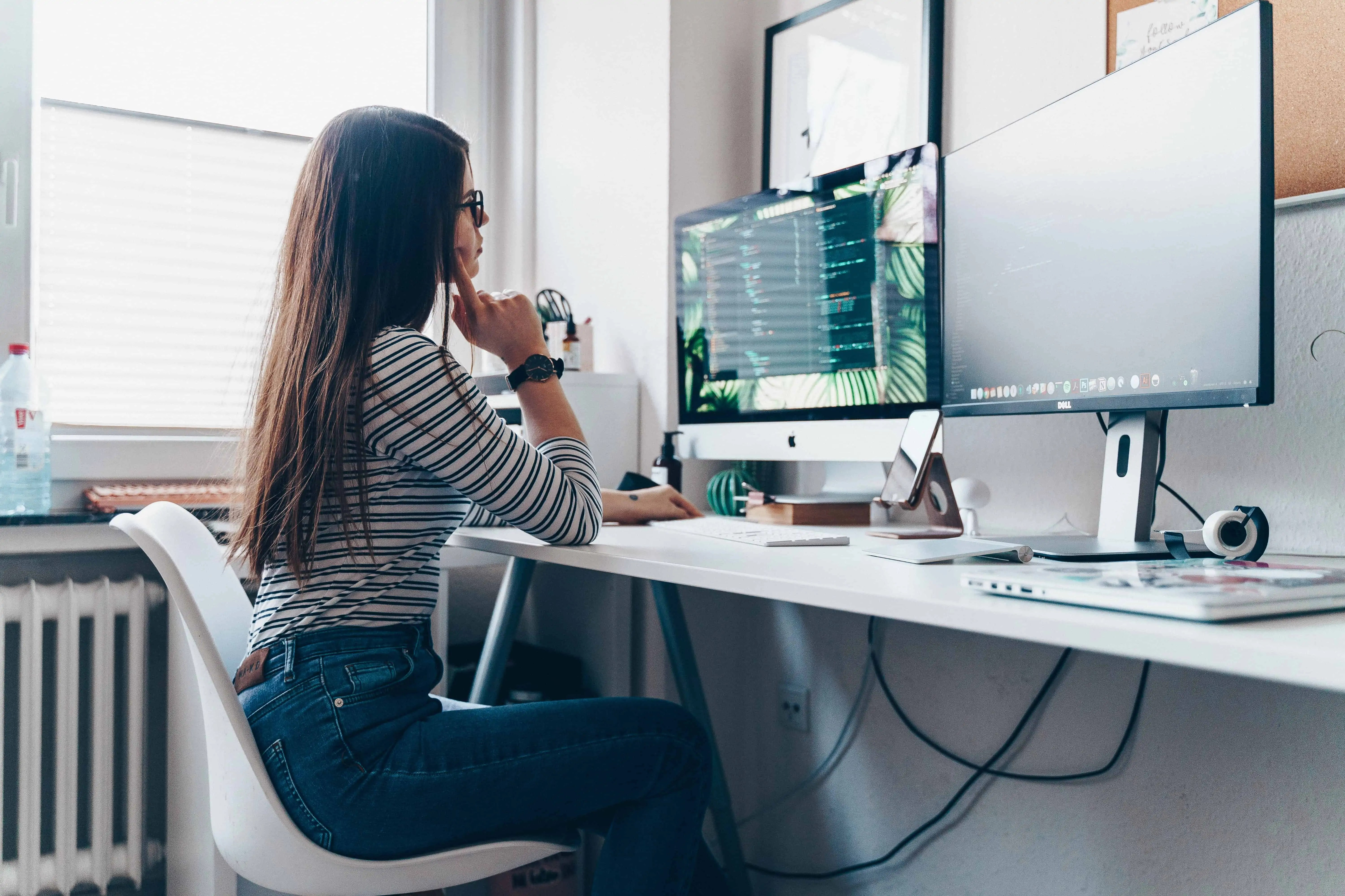 How To Get 10,000 Steps Per Day At A Desk Job