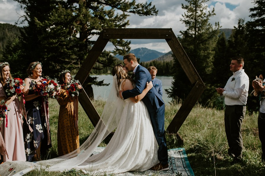 woodsy mountain wedding