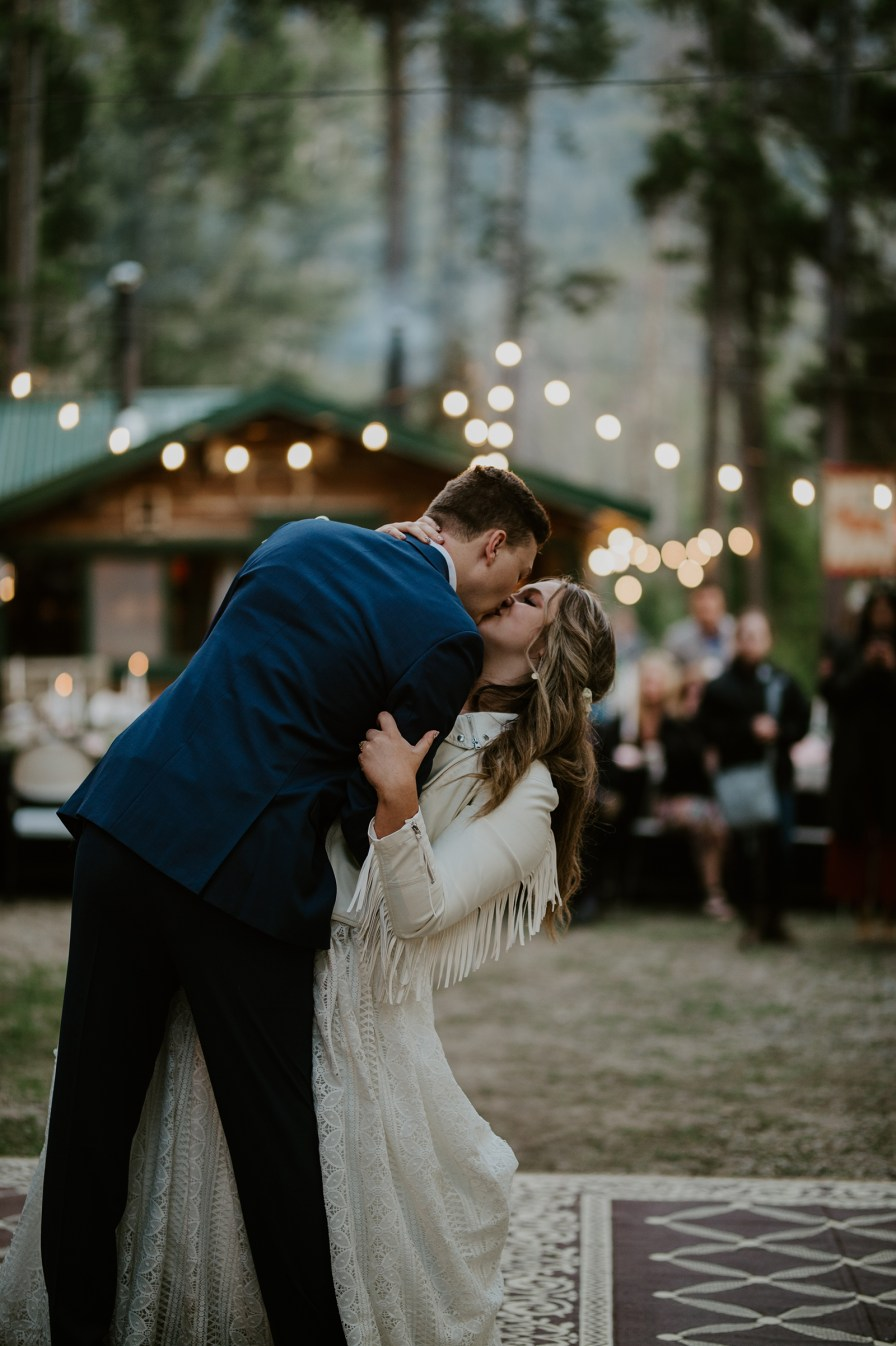 mountain cabin wedding