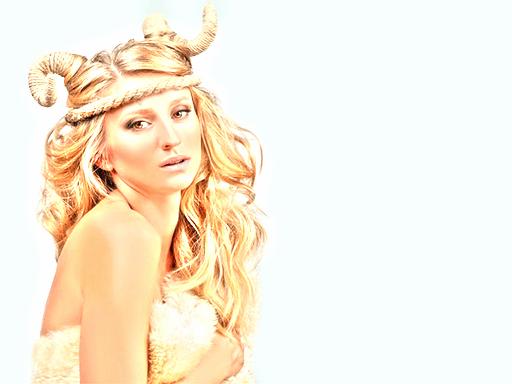 horoscope capricorne femme blonde triste astro madinlove