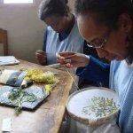 Atelier broderies de l'ASA à Madagascar