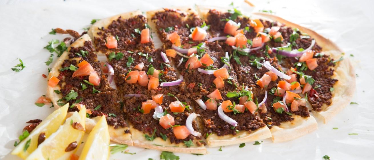 Λαχματζούν: η πίτσα της Ανατολής