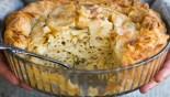 Μακαρονόπιτα με φέτα και γιαούρτι