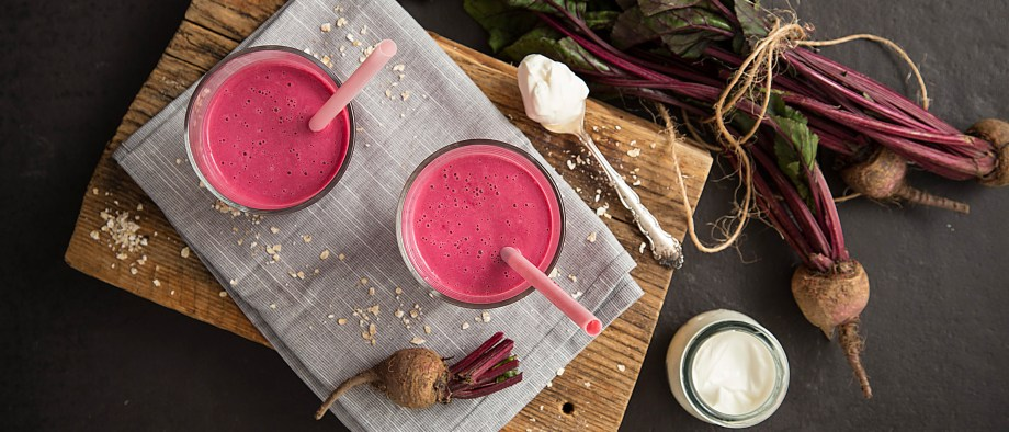 Smoothie με πατζάρι και γιαούρτι