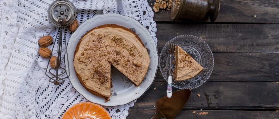 Κέικ μόκα με καρύδια, χωρίς ζάχαρη