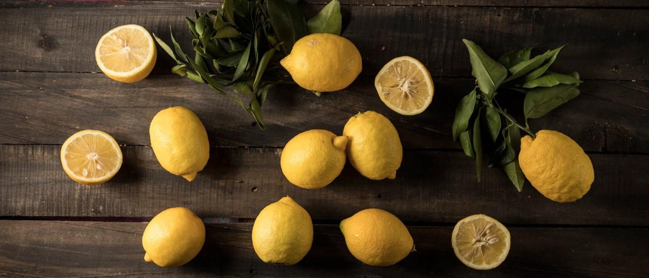 10 νόστιμες συνταγές για όταν η ζωή σου δίνει λεμόνια