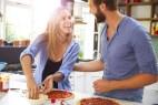Τα 10 πράγματα που πρέπει να γνωρίζετε αν έχετε ερωτευτεί έναν Food Lover