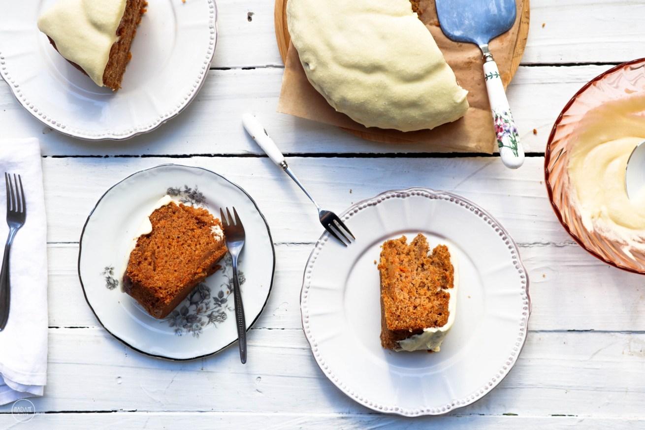 Κέικ καρότου χωρίς αυγά, αφράτο & ζουμερό