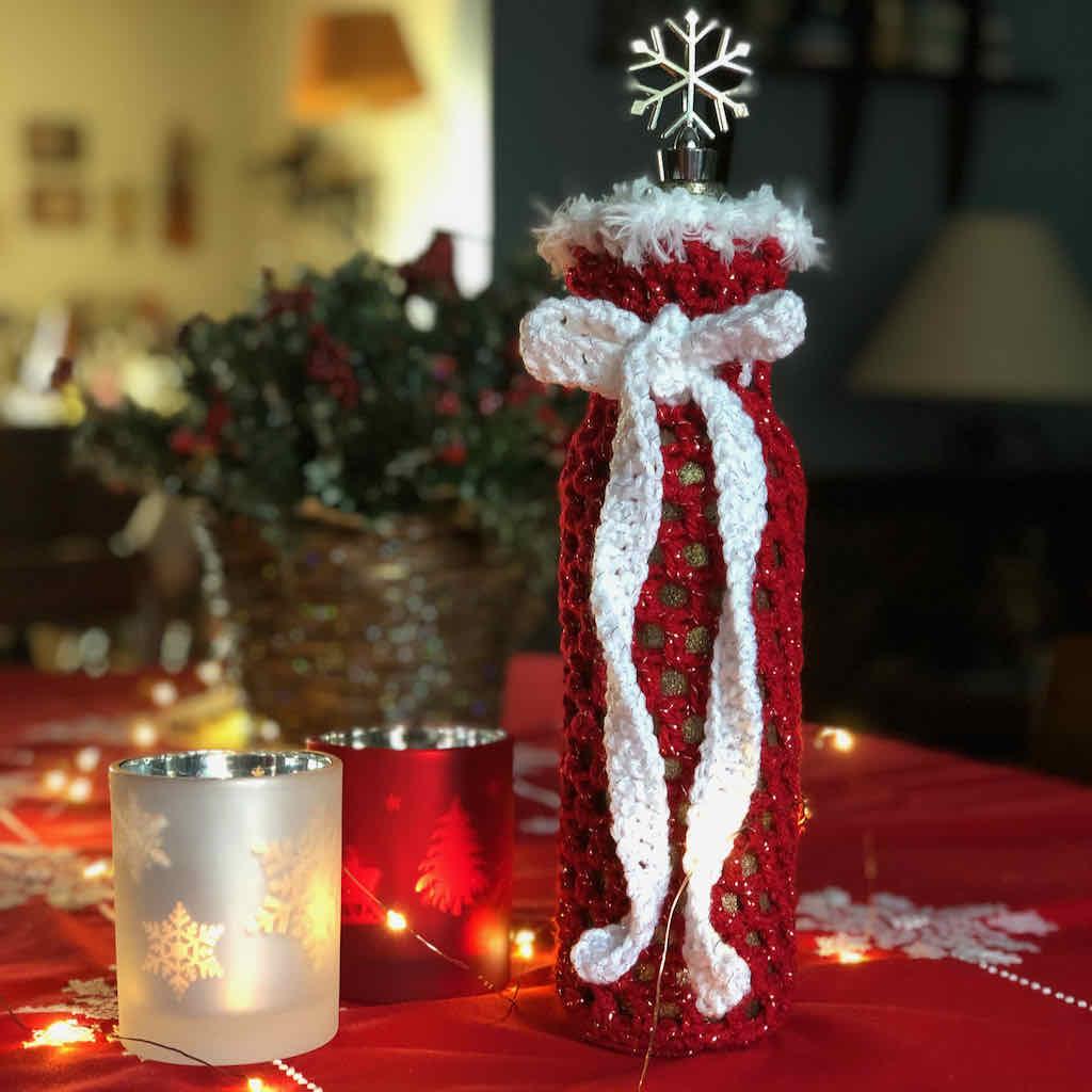 Christmas wine bottle sleeve free crochet pattern