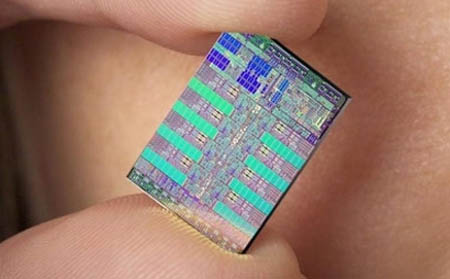 El actual Chip Cell de IBM de 65 nanómetros