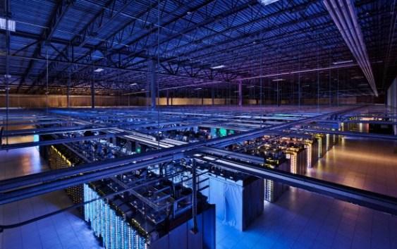 Imperdible: Echa un vistazo al interior de los Centros de Datos de alta tecnología de Google