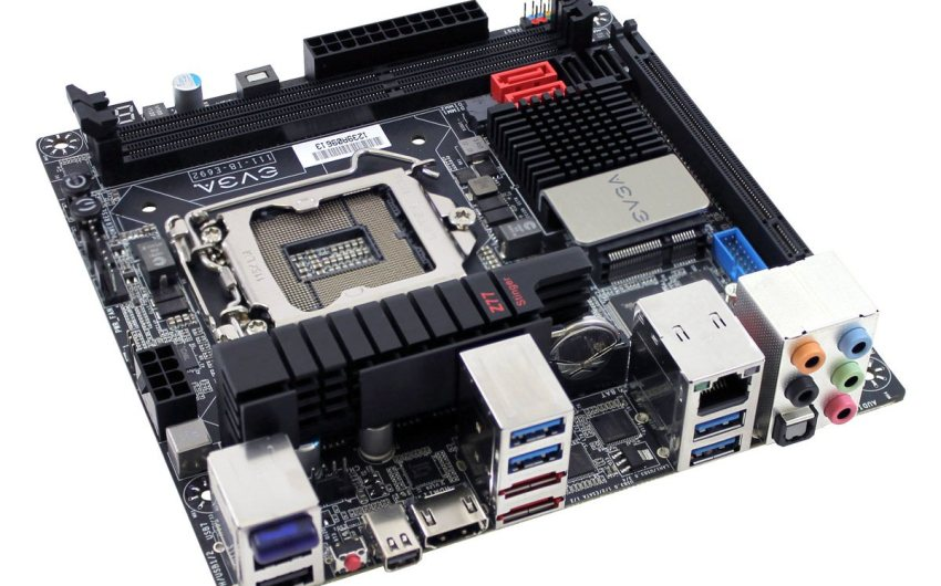EVGA lanza finalmente su placa EVGA Z77 Stinger en formato mini-ITX