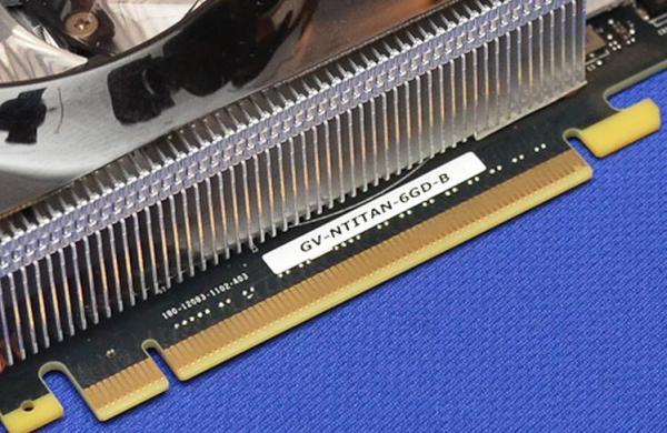 Gigabyte_GeForce-GTX-Titan-WindForce3_02