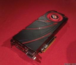 AMD-Radeon-R9-290X-Hawaii_XT_07