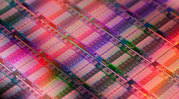 Intel_Xeon_E7_V2_Series_01