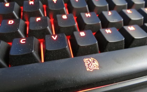 Análisis teclado Tt-eSports Poseidon Z RGB