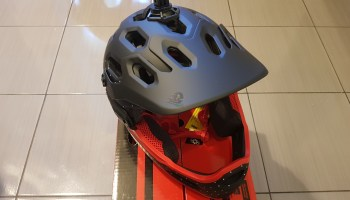 BELL Super 3R Helmet for Electric Scooter 2