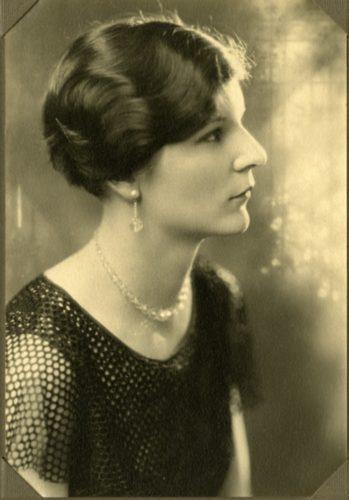 Lorraine Hinde