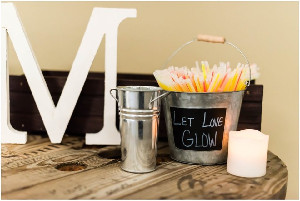 Let love glow wedding reception glowsticks | Maddie Peschong Photography
