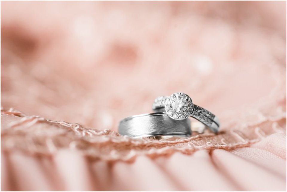 Bride and groom wedding rings | Maddie Peschong Photography