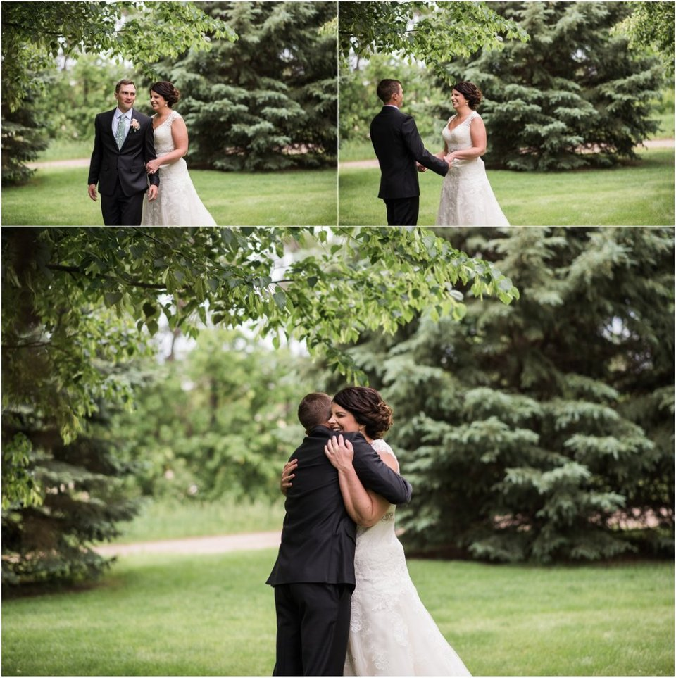 Bride and groom spring outdoor greenery first look | Maddie Peschong Photography