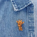 Giraffe Pin Larger 4 scaled