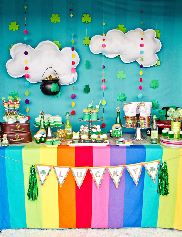 How to Make a PVC Canopy decked out for St Patricks Day