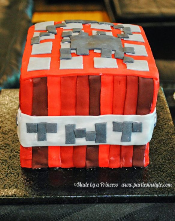 Minecraft bday cake for a minecraft themed party