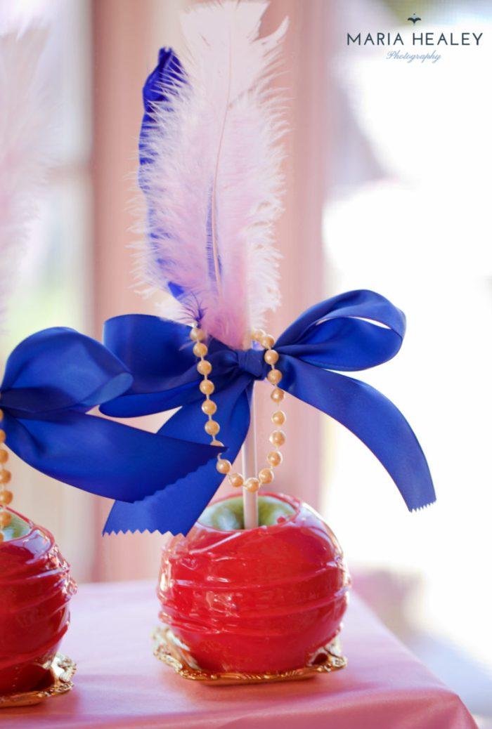 Marie Antoinette-apples2-sm