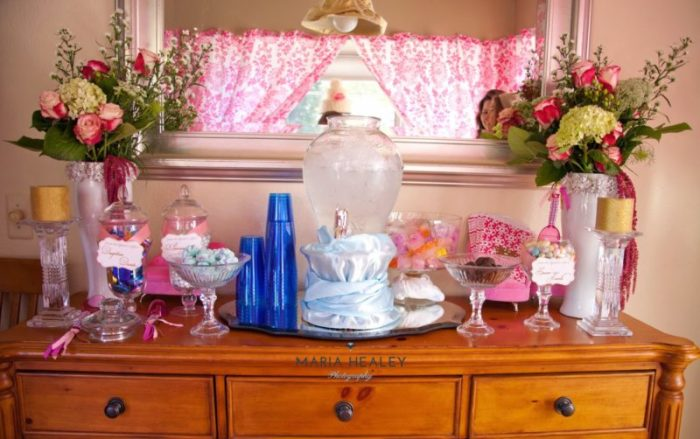 Marie+Antoinette-candy-table.jpg