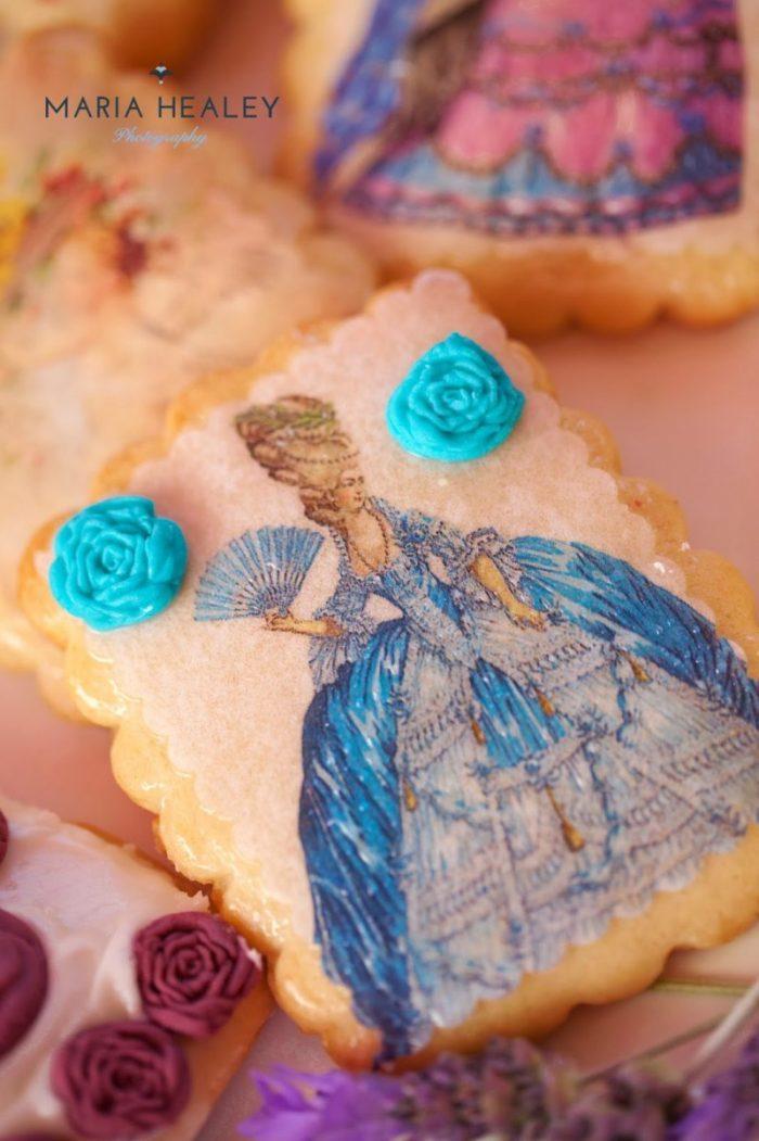 Marie+Antoinette-shawna-cookies.jpg