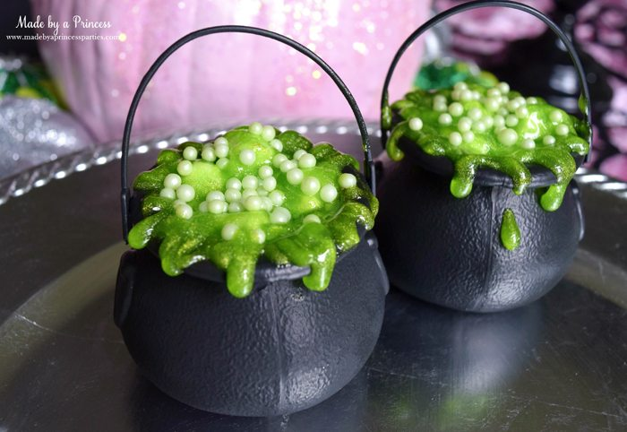 cauldron pudding pots