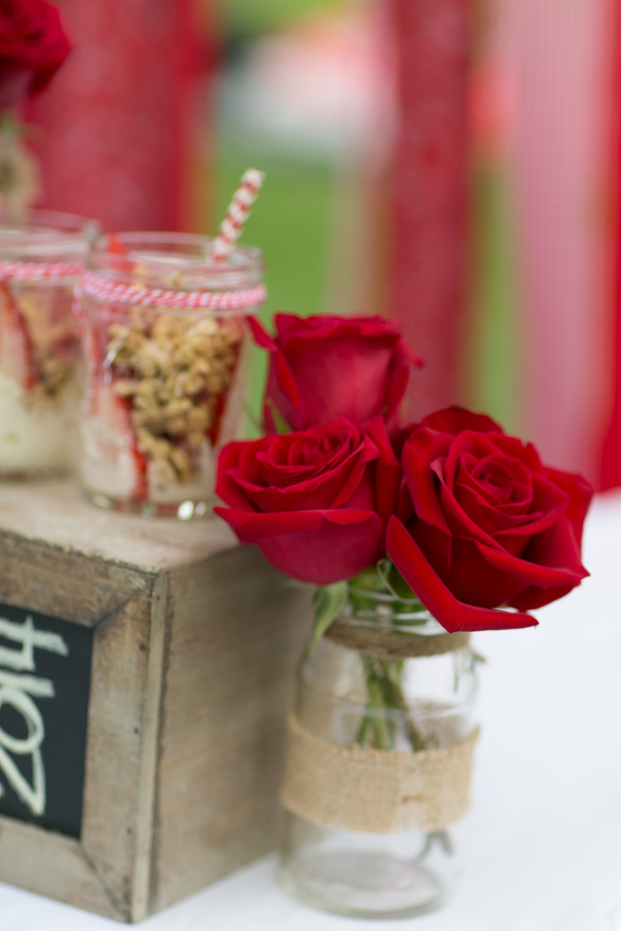 celebrate happy hearts day with red roses