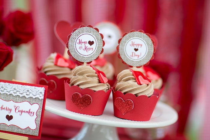 celebrate happy hearts day with strawberry cupcakes 2