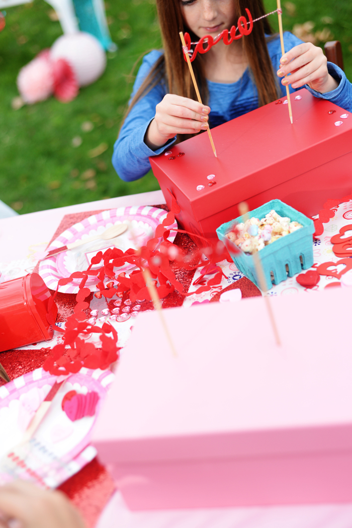 Creative Kids Valentine Party Ideas crafts