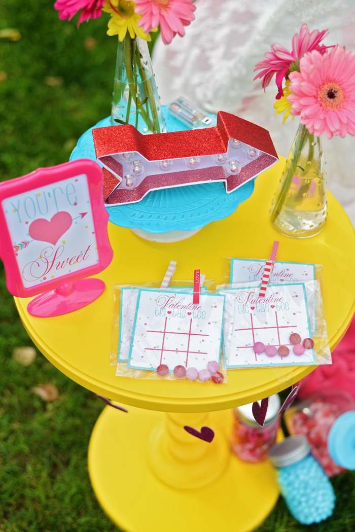 Creative Kids Valentine Party Ideas tic tac toe game 2