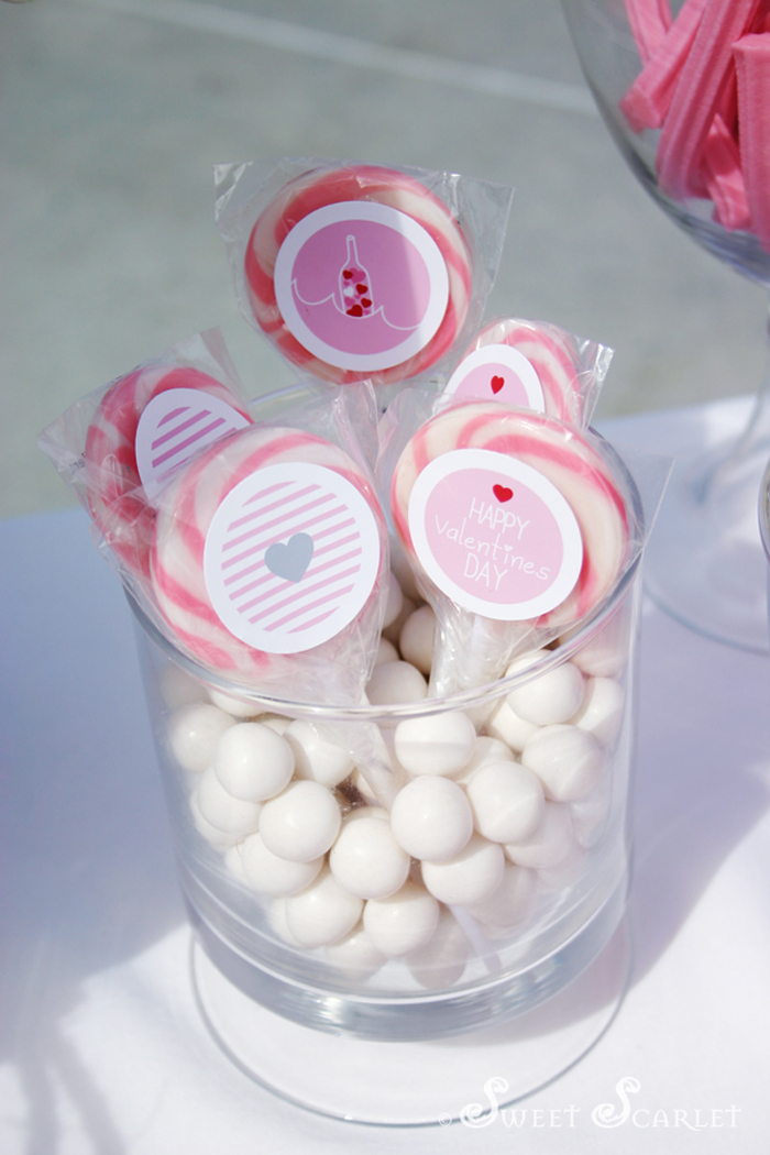 message in a bottle valentines party lollipops with stickers