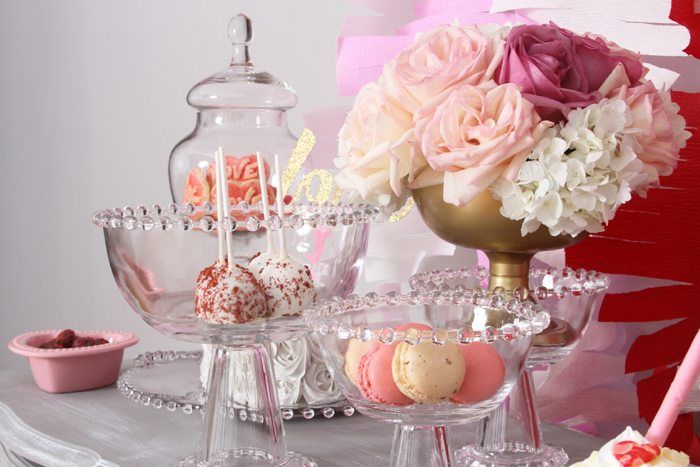 sweethearts treats for two macarons and flowers