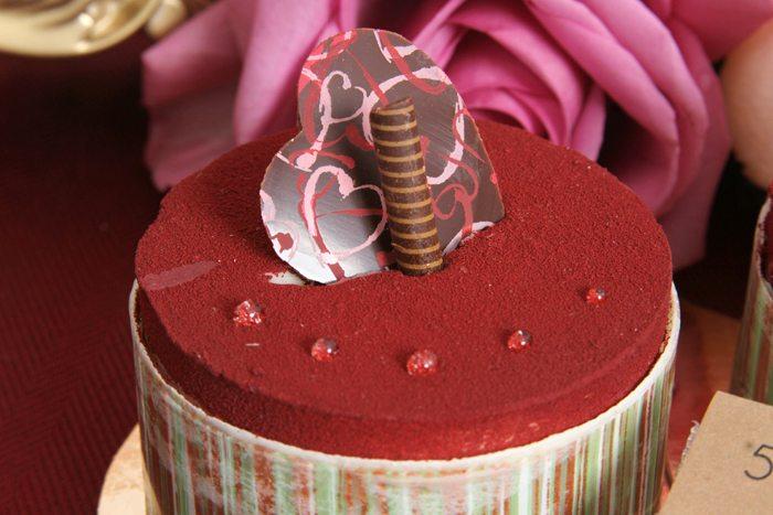 sweethearts treats for two mini chocolate cake