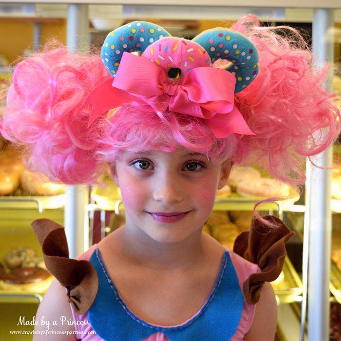 diy-shopkins-shoppie-halloween-costume-donatina-with-vibrant-pink-hair-donut-headband