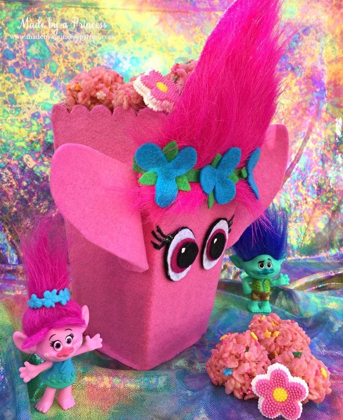 trolls-movie-princess-poppy-popcorn-box-party-side-view-of-box-with-pink-rice-krispie-treats