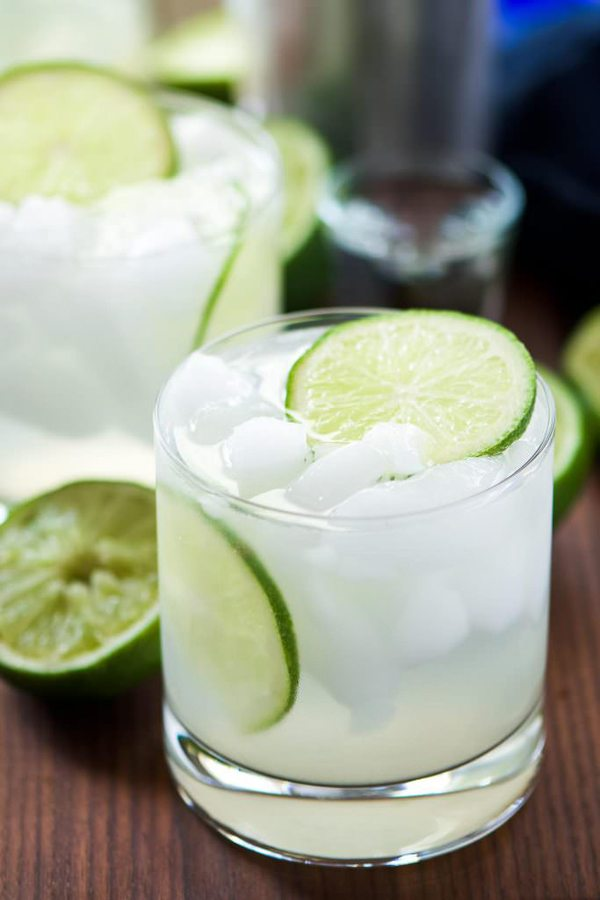 bubbly-champagne-recipe-cocktail-ideas-skinny-champagne-margaritas