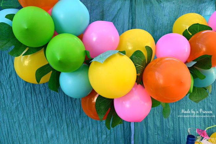 disney-moana-movie-inspired-party-balloon-garland-with-tropical-leaves-wm