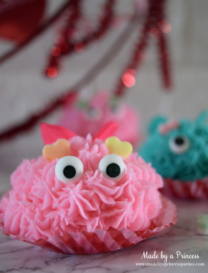mini-lovebug-cupcakes-tutorial-pink-lovebug