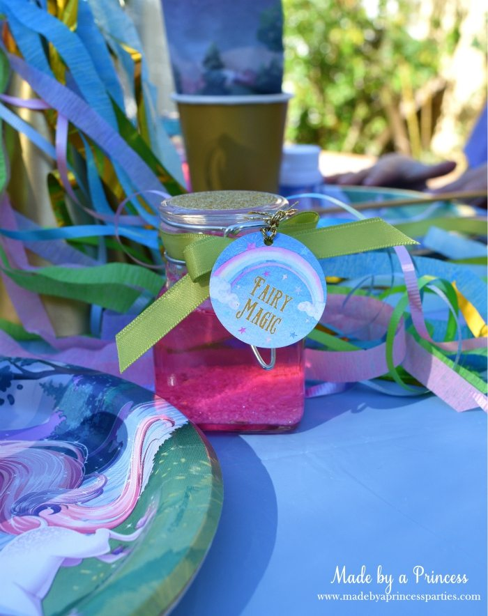 Unicorn Party Ideas Fairy Jar - Made by a Princess #unicorn #unicornparty