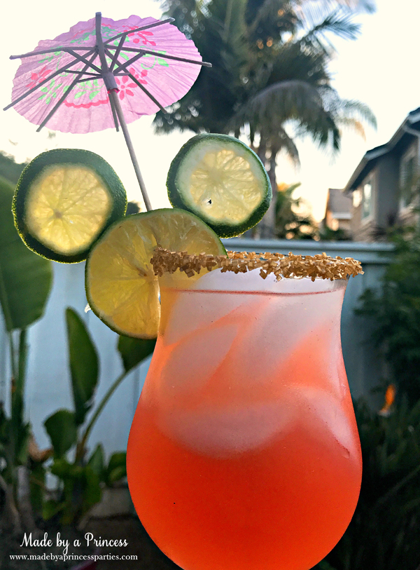 Copycat Disney Rose Gold Margarita with Mickey Mouse limes #disneycocktail #rosegoldmargarita #copycatdisneyrecipe @madebyaprincess