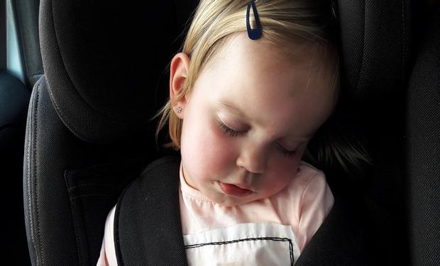 slapen auto