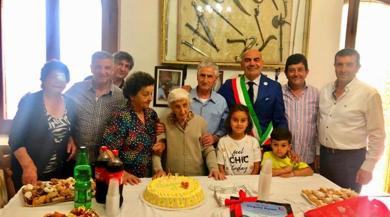 Agerola festeggia i 105 anni di Virginia Russo